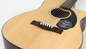 Read more about the article Fender CC-60SCE Review (2021 Updated)