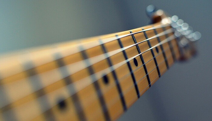 How to clean rosewood fretboard