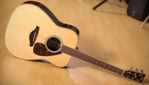 Read more about the article Yamaha FG830 Review (2021 Updated)
